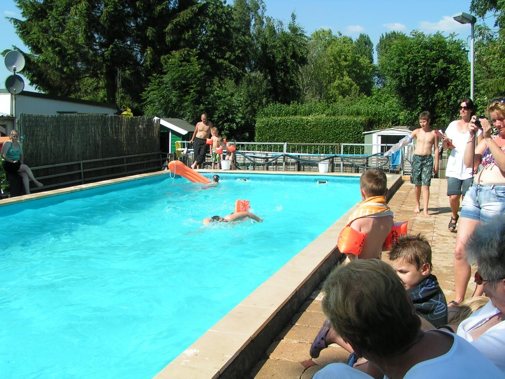 Hemelvaart 2011 camping van sijll - Zwarte voering voor zwembad ...